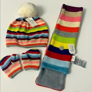 Brand New! Gap kids hat, scarf & gloves size